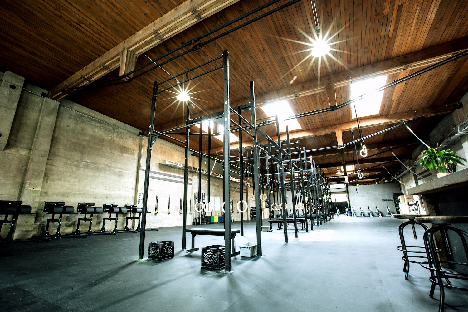 CrossFit_604_downtown_full_gym_2