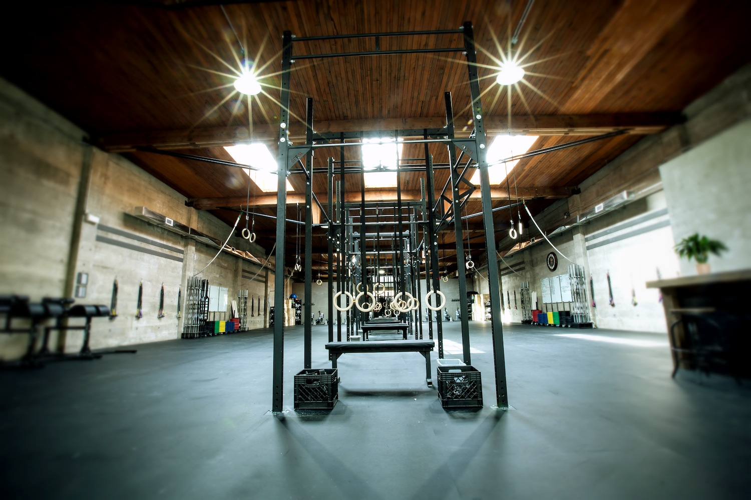 CrossFit_604_downtown_full_gym_3