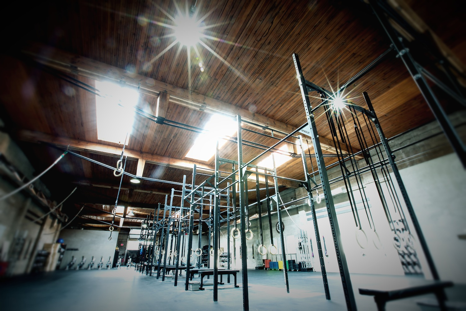 CrossFit_604_downtown_full_gym_7