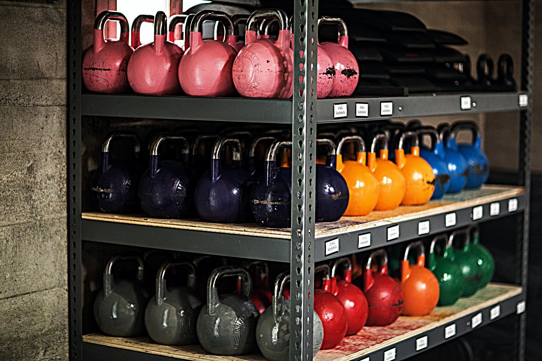 CrossFit_604_downtown_kettlebells